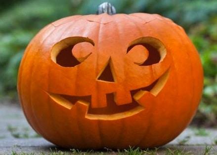 Zucche Di Halloween Cartoni Animati.Come Preparare E Intagliare La Zucca Di Halloween Cose Per Crescere