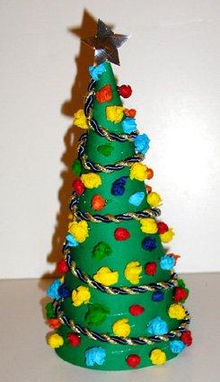 Mini albero di natale cose per crescere - Fabriquer un sapin de noel original ...