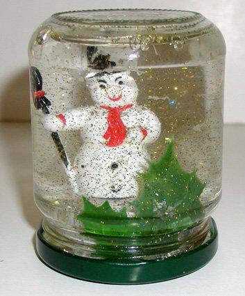 Lavoretti Di Natale Con I Vasetti Di Vetro.Natale Palla Di Vetro Con La Neve Cose Per Crescere