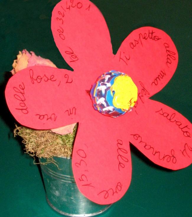 Un fiore con lecca lecca come invito cose per crescere for Fiori di cartoncino