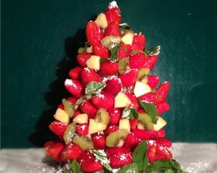 Albero di Natale tutto di frutta