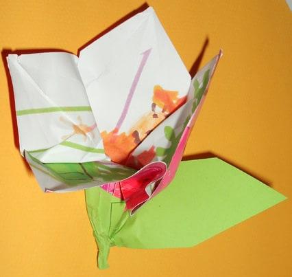 Piegare un disegno a forma di fiore