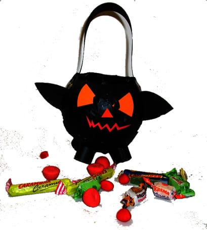 porta dolcetti di Halloween : pentolone pipistrello