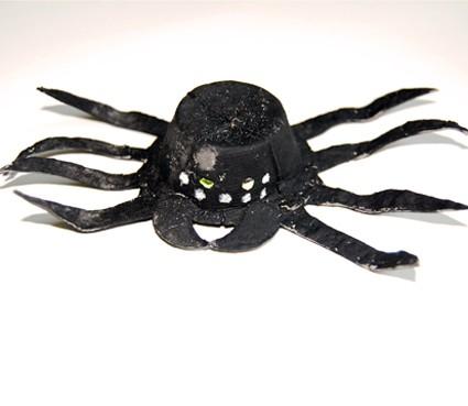 Ragno . lavoretto di Halloween per bambini
