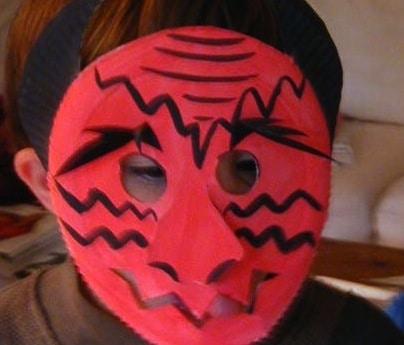 Maschera da diavolo rosso