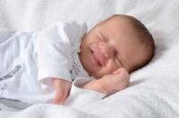 neonato non dorme