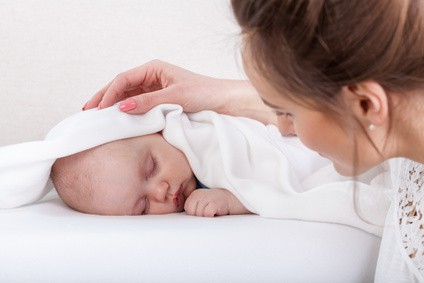 Come addormentare un neonato dai 3 ai 6 mesi