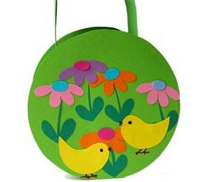 Un cestino tondo per le uova di Pasqua