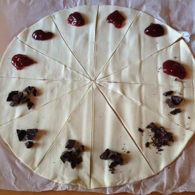 Cornetti Al Cioccolato E Alla Marmellata Cose Per Crescere