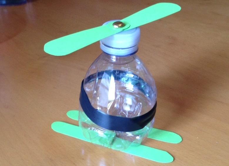 Riciclo creativo: bottiglietta elicottero