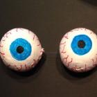 Occhi finti schifosi