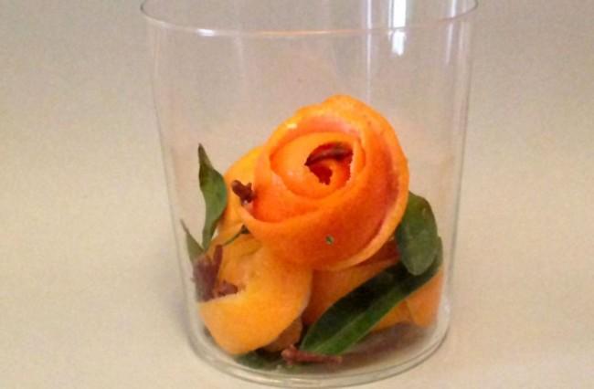 Fiori con buccia d'arancia - Pot pourri fai da te