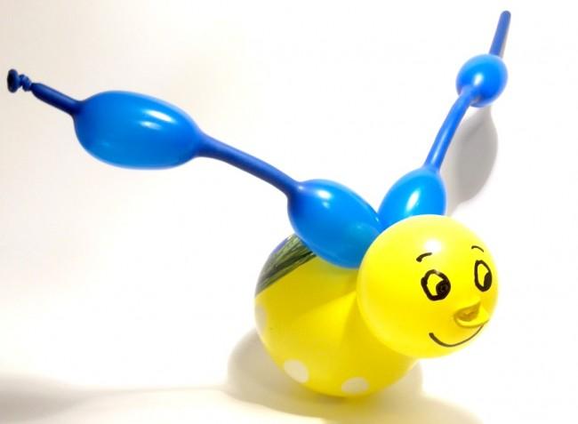 Insetto con palloncini modellabili: lo scarabeo