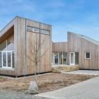 La casa è costruita con gli scarti agricoli