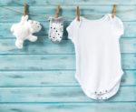 Come vestire un neonato