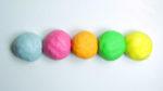 Come fare la pasta di sale colorata